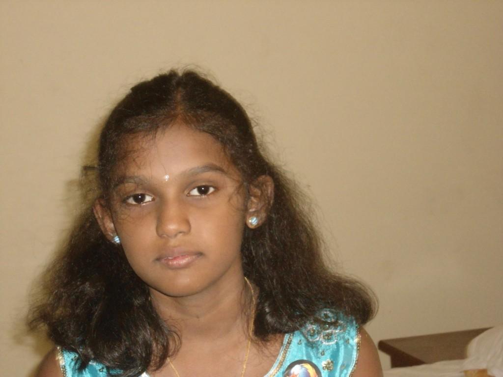 tamilnaattil ulaga adhisaya maanavi1